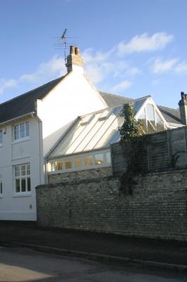 hardwood-conservatory-boundry-wall-2