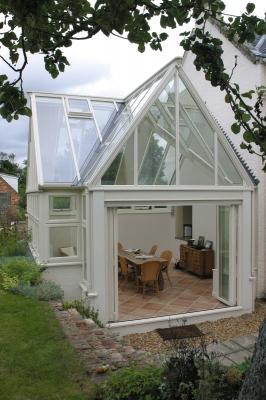 hardwood-conservatory-concertina-doors-2