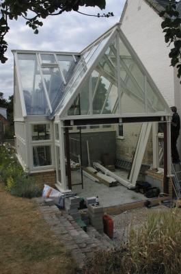 hardwood-conservatory-steelwork