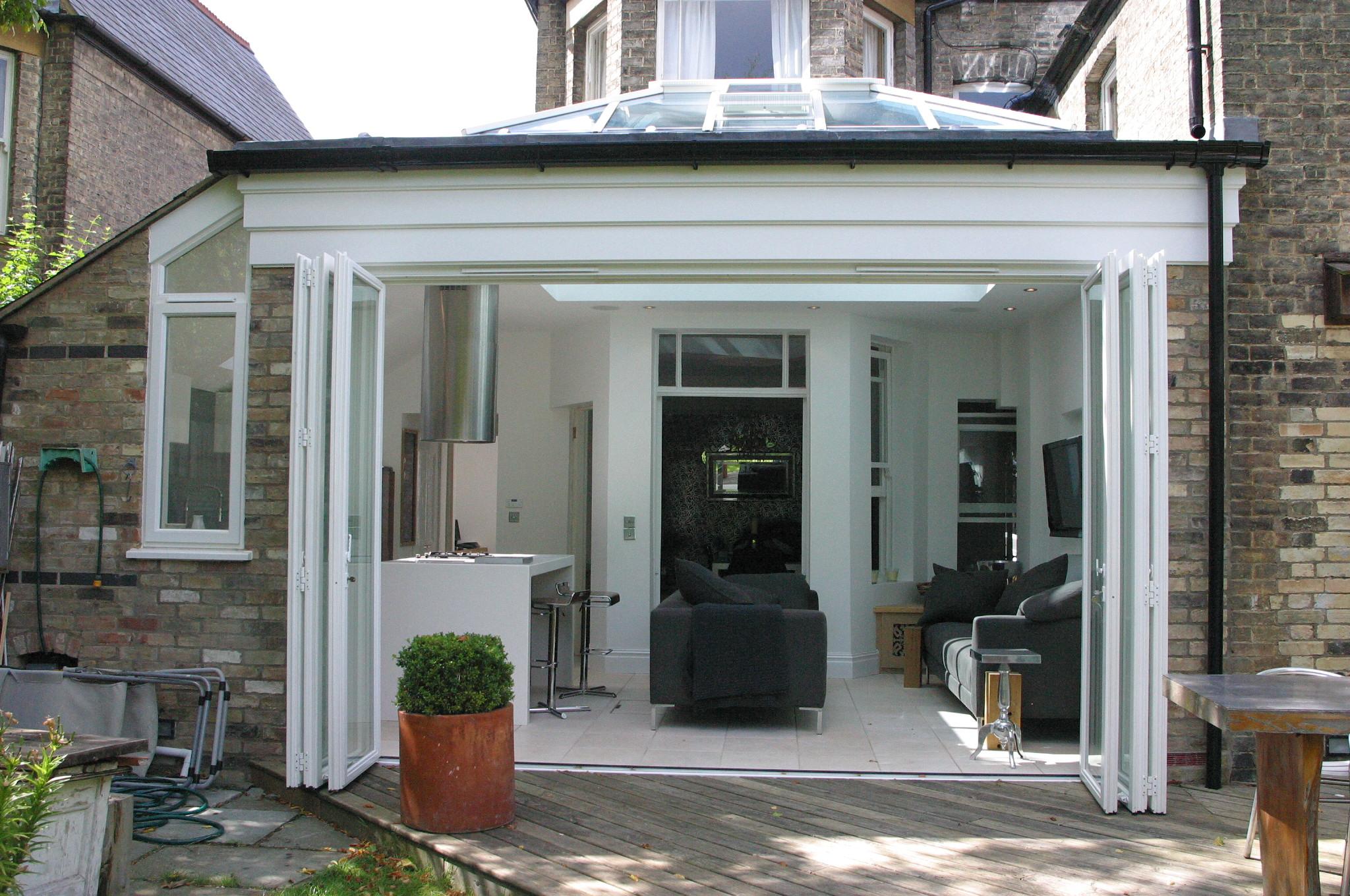 Kitchen extensions project 5 heritage orangeries for Concertina doors