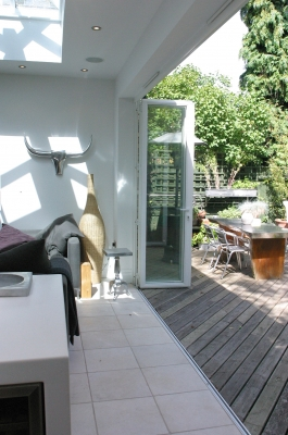 orangery-decking-and-tiles-5
