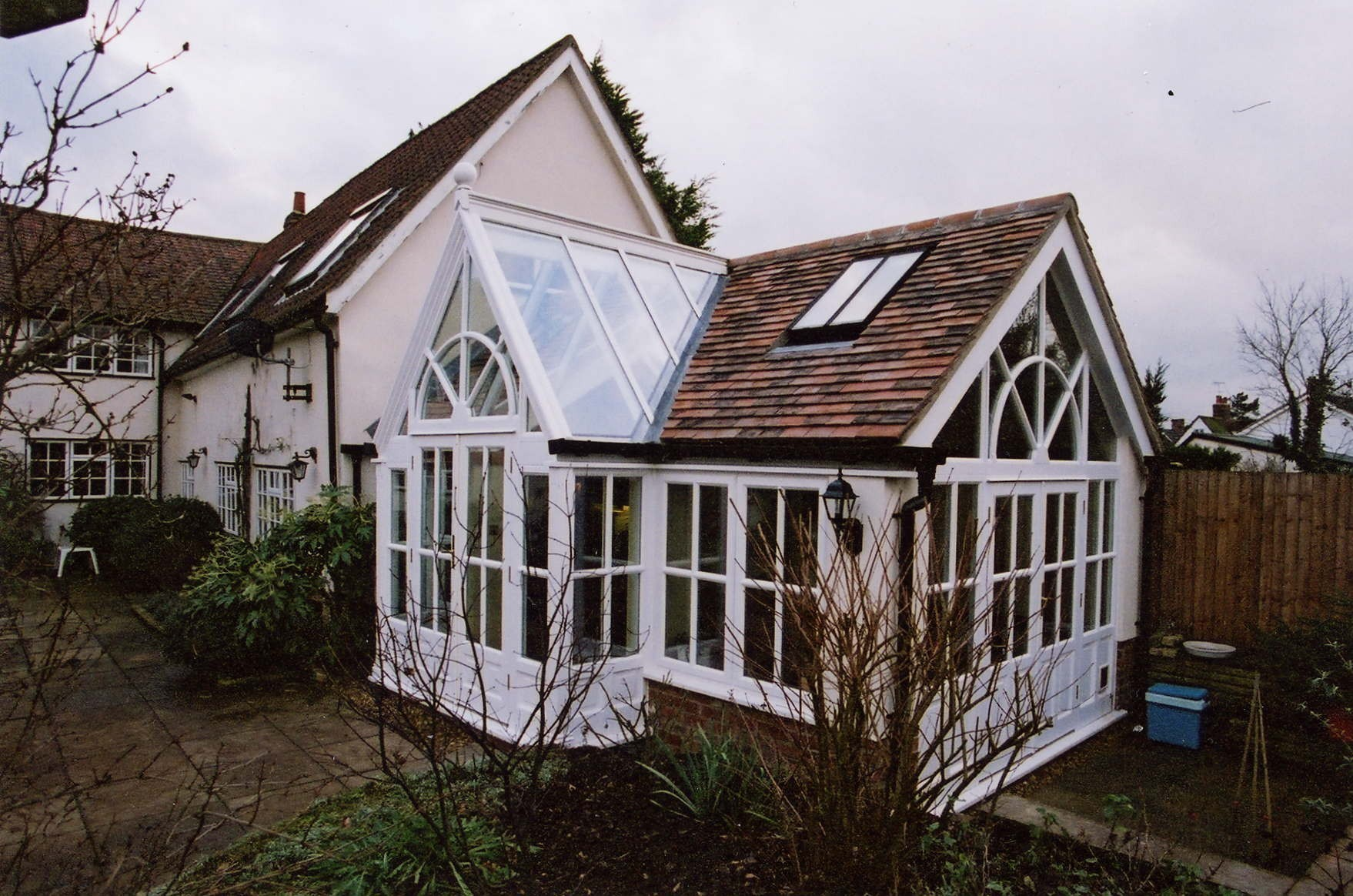 Listed buildings heritage orangeries for Pre built garden rooms