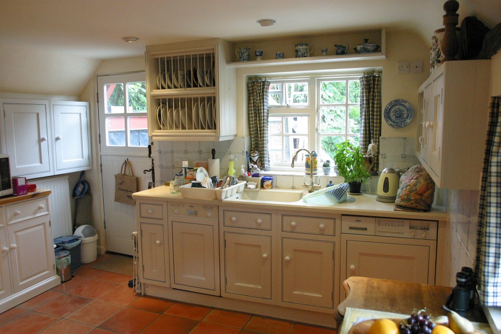 kitchen before shot 3a