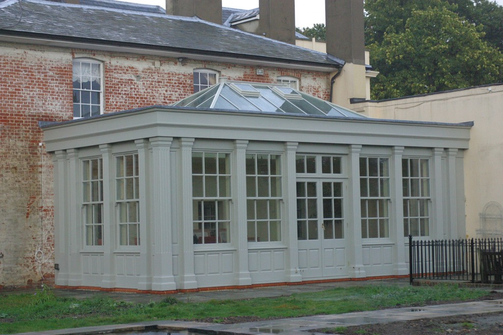 listed-building-with-hardwood-orangery-2
